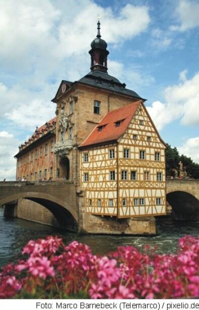 Straßburg (Bild oben) Loreleystadt St. Goarshausen (Bild unten)